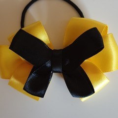 Emma Wiggle inspired bow
