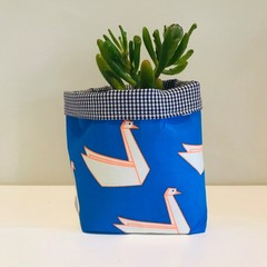 Small fabric planter | Storage basket | NEON SWANS