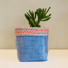 Small fabric planter | Storage basket | Chambray and retro print