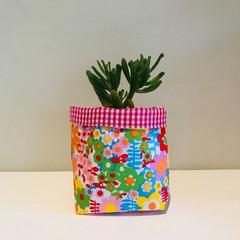 Small fabric planter | Storage basket | RETRO FLOWERS