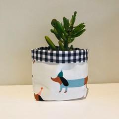 Small fabric planter | Storage basket | SAUSAGE DOGS