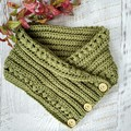 Fern Green Adult Vintage Hand Crochet Knitted Buttoned Neckwarmer Cowl Scarf