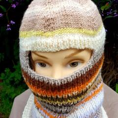 Woollen balaclava in autumn tones