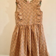 Charming dress for a 7 year old