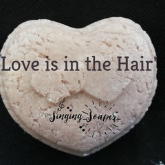 'Love Is In The Hair' Hydrating Syndet Shampoo Bar