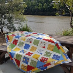 """French Connection Quilt - Throw Size -  183cm x 129.5cm (72"""" x 51"""")"""