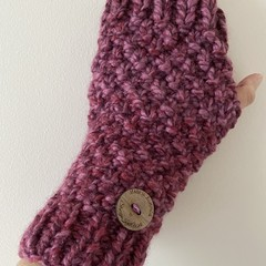 Pink ladies texting gloves purple  handwarmers fingerless gloves