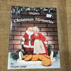 Book - DeLane's Christmas Memories