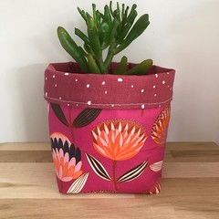 Small fabric planter | Storage basket | BERRY FLOWERS
