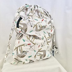 Drawstring Bag : SLOTH ARROWS