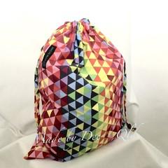Drawstring Bag : RAINBOW GEO