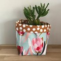 Small fabric planter | Storage basket | MINT PROTEAS