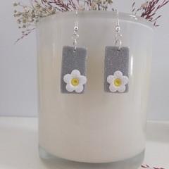Shimmering Silver Dainty White Flower Earrings