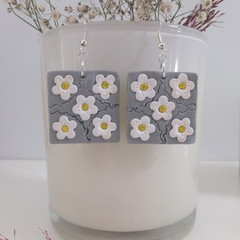 Square Silver Earrings White Flowers