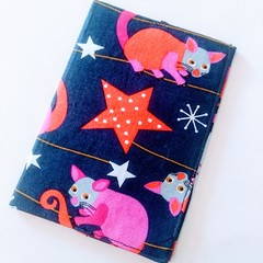 Passport Cover / AUSTRALIAN ANIMAL - Possum x Navy