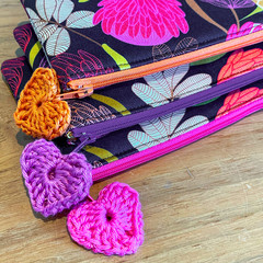 Clutch purse, mini clutch, cosmetic purse, padded zip purse, floral purse