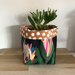 Small fabric planter | Storage basket | PROTEA PARTY