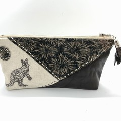 Leather & Linen Zipper Bag, Clutch Purse, Make-up Pouch, Kangaroo Embroidery