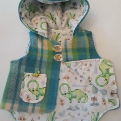 THE DINO PURE WOOL WINTER VEST  OUTDOOR JACKET  SIZE 6 MTHS