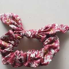 Maroon with dainty flowers bow scrunchies