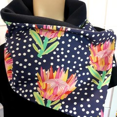 Proteas on Navy with spots