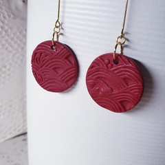 TIDAL red waves textured brass minimalistic round drop polymer clay earrings