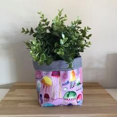 Small fabric planter | Storage basket | JELLYFISH & GINGHAM