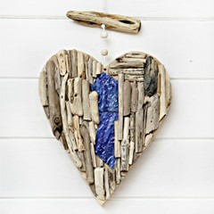 Coastal driftwood heart with artglass wall hanging