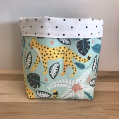 Small fabric planter | Storage basket | LEOPARD