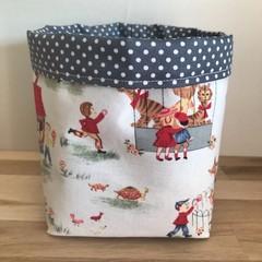 Small fabric planter | Storage basket | VINTAGE KIDS