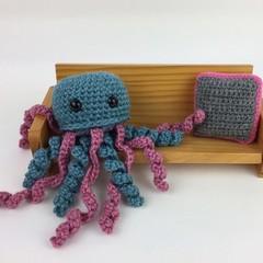 Crochet Jellyfish Softie | Wool & Bamboo | Gift Idea | Hand Crocheted | Aqua