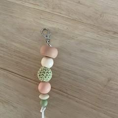 Silicone bead keyring