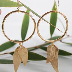 Rosa Leaf Hoop Earrings