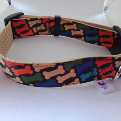 Dog bone print adjustable dog collar