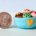 Miniature wool felt cupcakes, fairy cakes, fairy garden, felt food, dollhouse