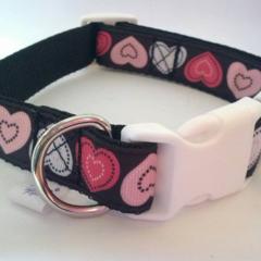 Pink and black heart print adjustable dog collars