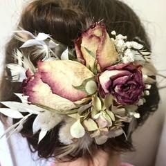 Lush Garden - Hair clip - Dried flower - Natural -  Bride - Boho - Feathers