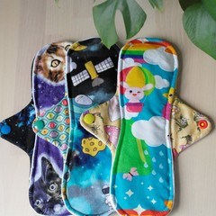 """Set of 3 x 9"""" moderate exposed core cloth pads (MishMash)"""