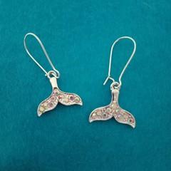 Silver bling whale tale earrings