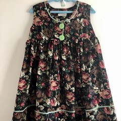 Roses dress in corduroy size 4
