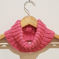 Hot pink ribbed cowl