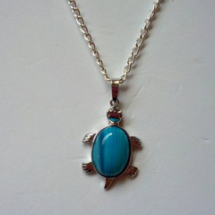 Blue / turquoise silver turtle necklace