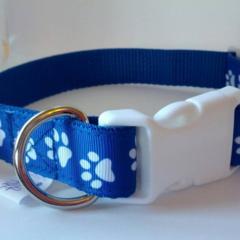 Blue and whit dog paw print adjustable dog collar medium
