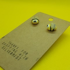 Polymer clay bumble bee stud earrings