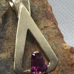 Pink Garnet & Gold Pendant.