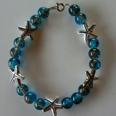 Blue starfish charm beaded bracelet