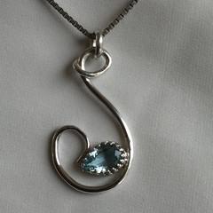 Aquamarine & Silver Pendant