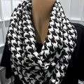 Infinity in Houndstooth