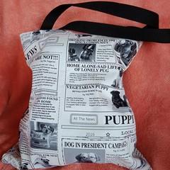 Doggy news / dog print tote bag