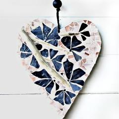 MOSAIC HEART WALL DECOR